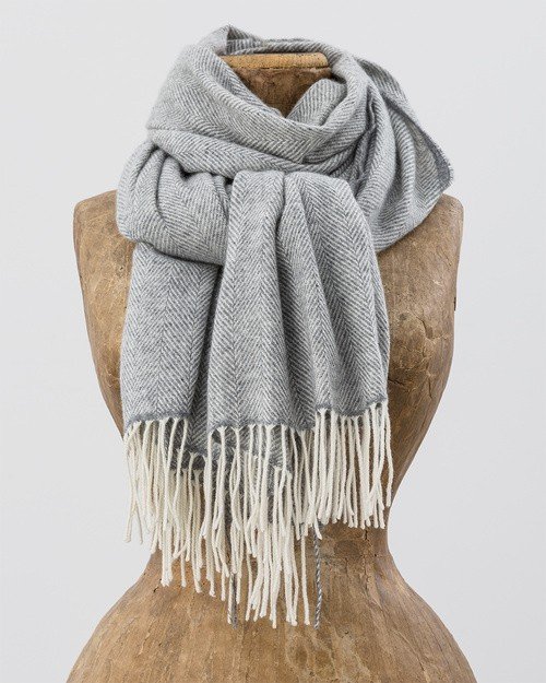 Sandyford Scarf in White and Grey