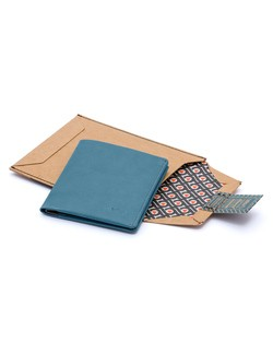 Bellroy Note Sleeve in Arctic Blue
