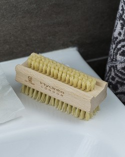 Hydrea Nail Brush