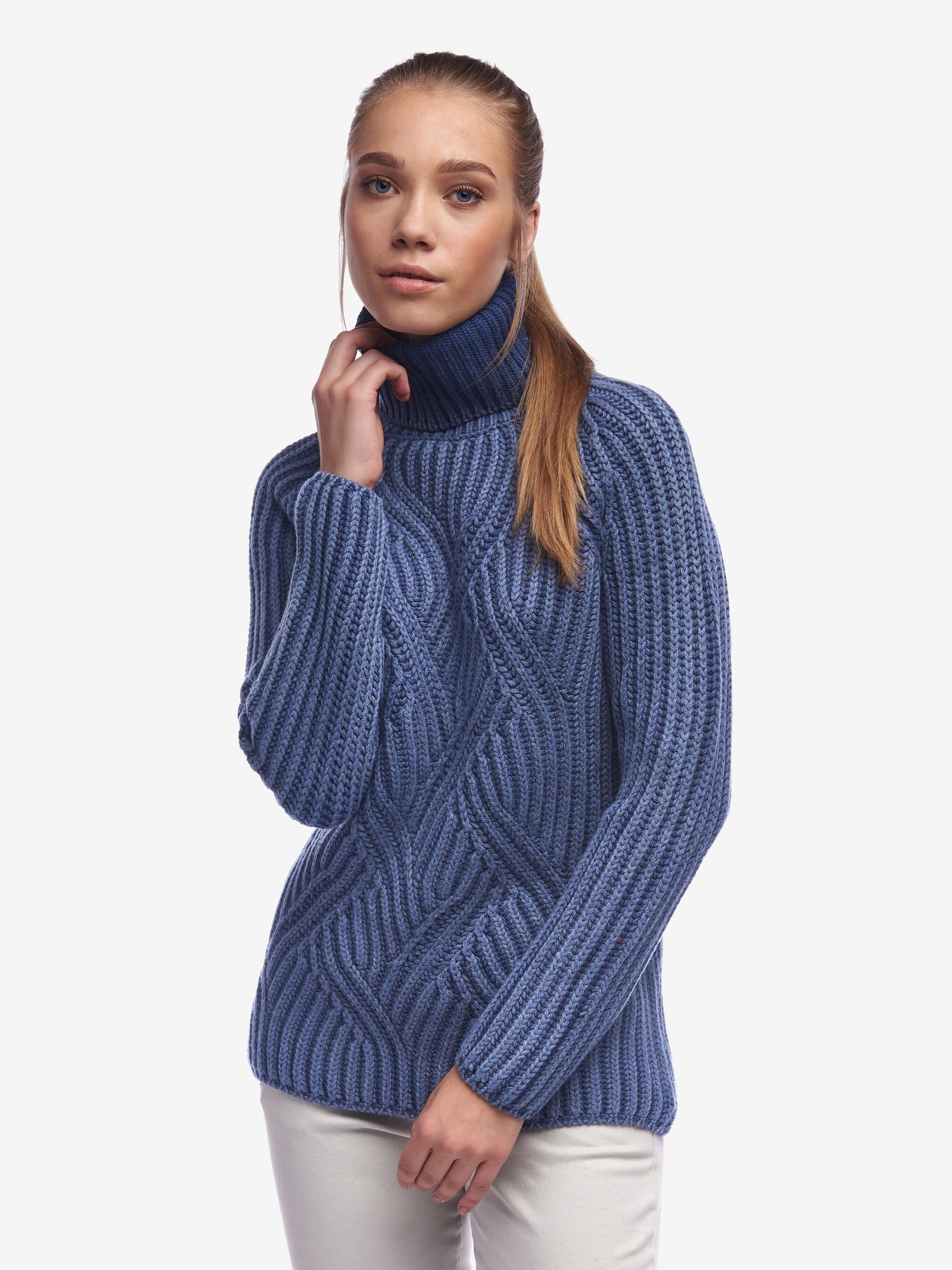 Blauer - WOOL HIGH NECK SWEATER - Blue Ionio - Blauer
