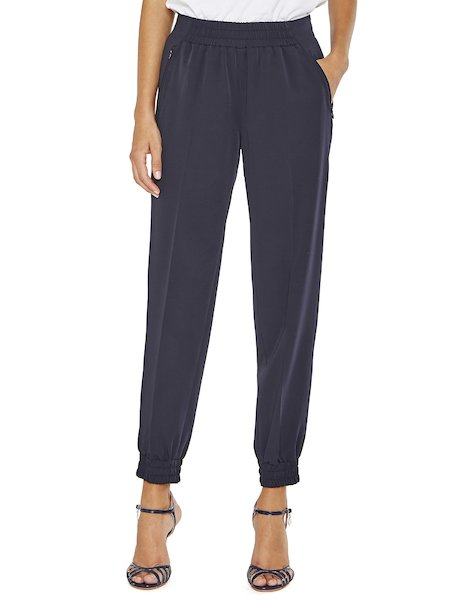 Trousers with stretch waist