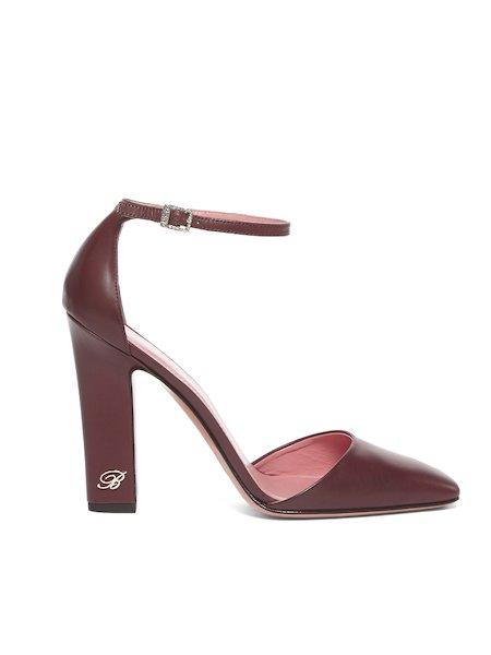Zapatos de cuero con correa