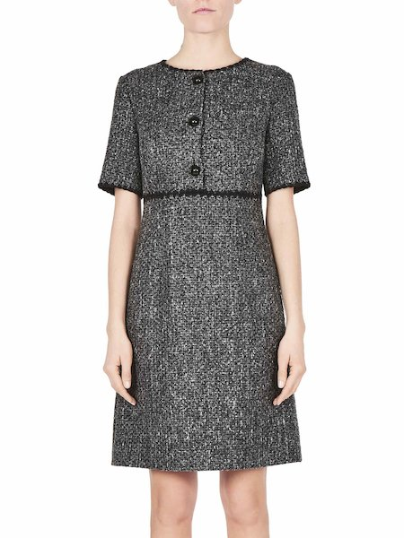 Short-sleeved dress with buttons