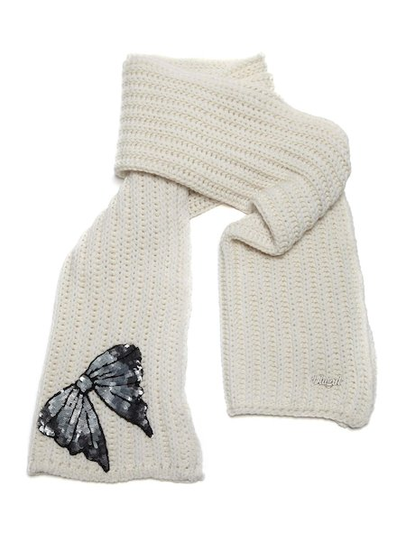 Knit scarf with bow