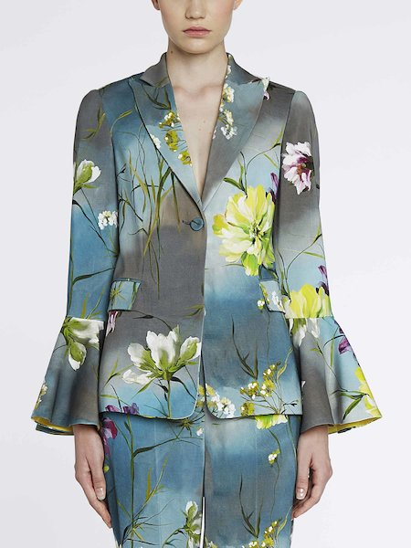 Suit jacket with pagoda sleeves