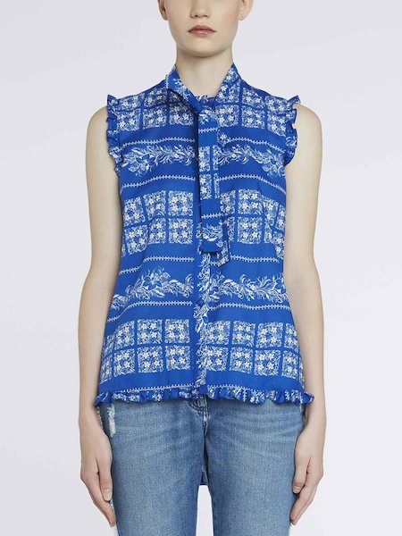 Sleeveless bandana-print shirt - blue