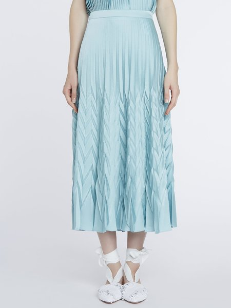 Midi-skirt in pleated satin