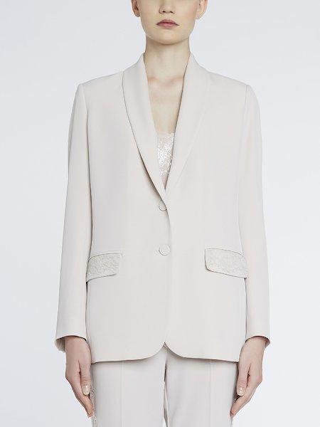 Костюмный пиджак с кружевом