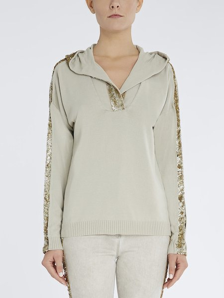 Sweater with hood and sequins