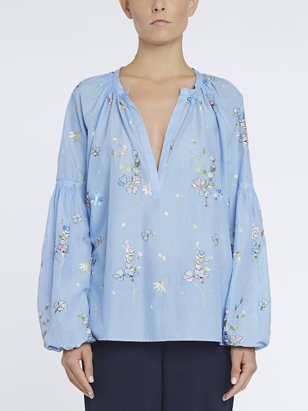 Blouse in muslin with embroidery - Light Blue