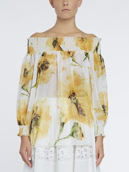 Bare-shouldered blouse with anemone print