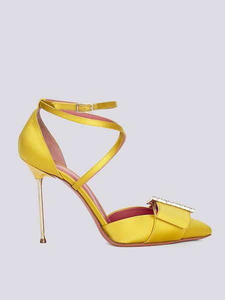 Footwear with stiletto heel and strap
