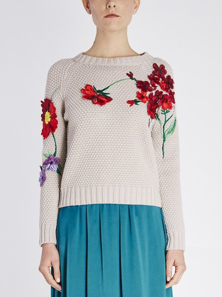 Sweater in wool featuring floral embroidery