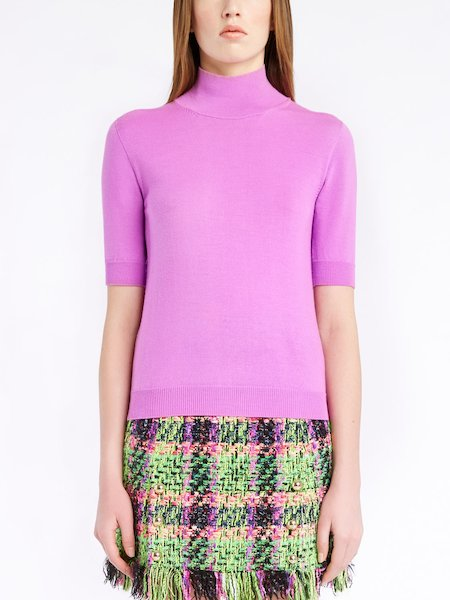Wool sweater with elbow-length sleeves
