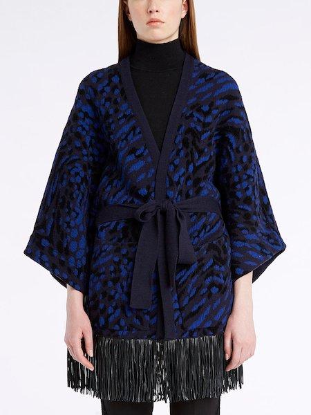 Kimono in animalier knit with leather fringe