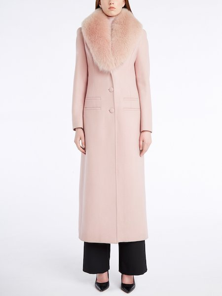 Long woollen overcoat with a fox collar