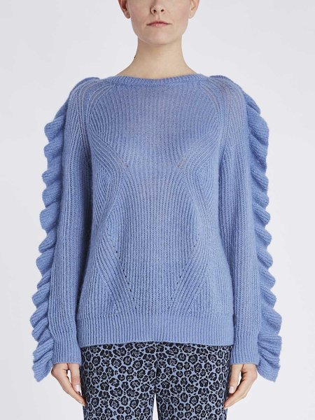 Sweater with ruffle