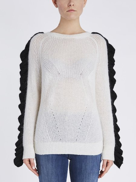 Sweater with ruffle