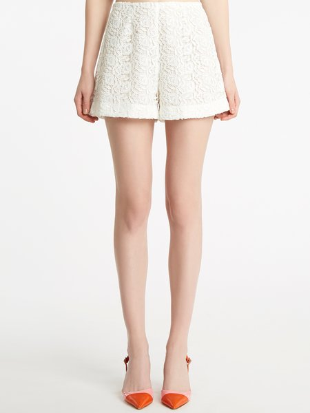 Shorts in cotton macramé lace