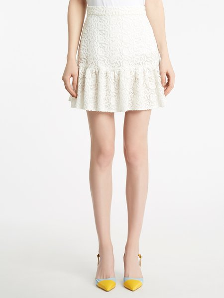 Miniskirt in macramé lace with flounce - white