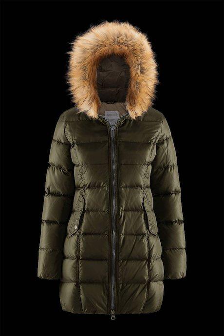 Semi Shiny Down Jacket Faux Fur Inserts