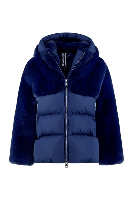 Coat in faux fur recycled material