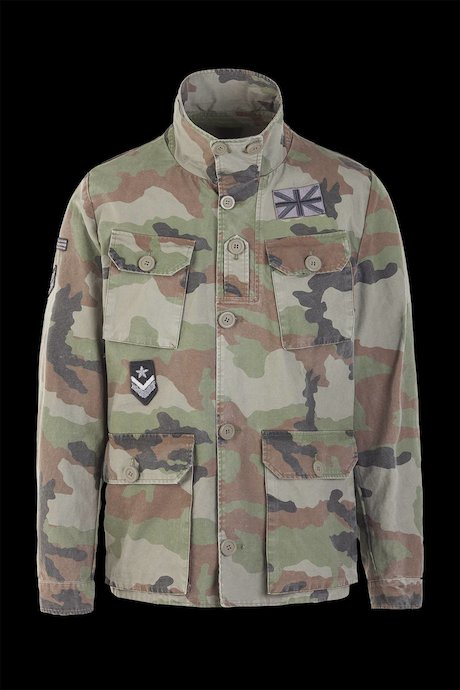 Field jacket with applied patch