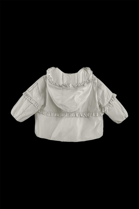 Baby jacket with puff sleeves