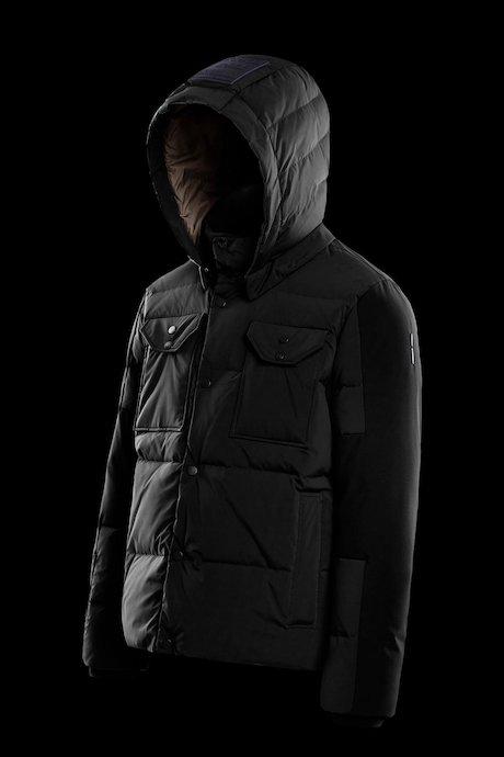 Multipocket jacket detachable hood