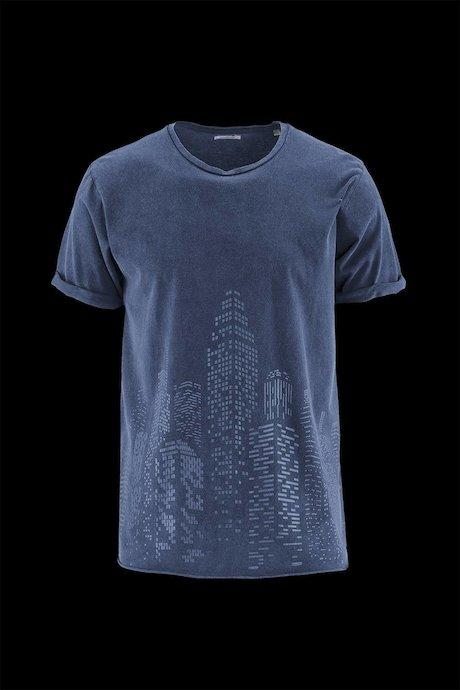 Man's T-shirt Metropolis