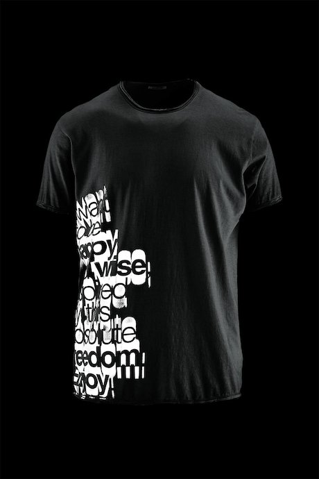 Man's T-shirt Lettering