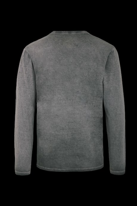 T-shirt long sleeve and buttons