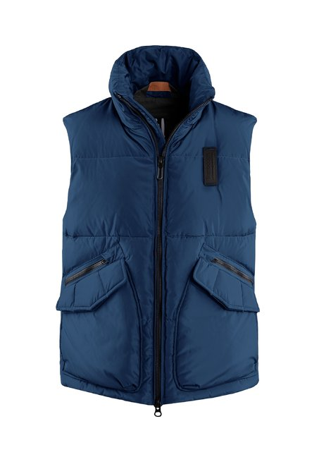 Down vest in recycled fabric