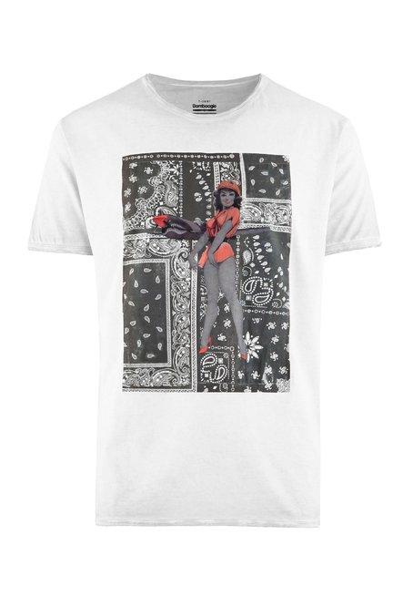 Kalt gefärbtes T-Shirt mit Pin-up
