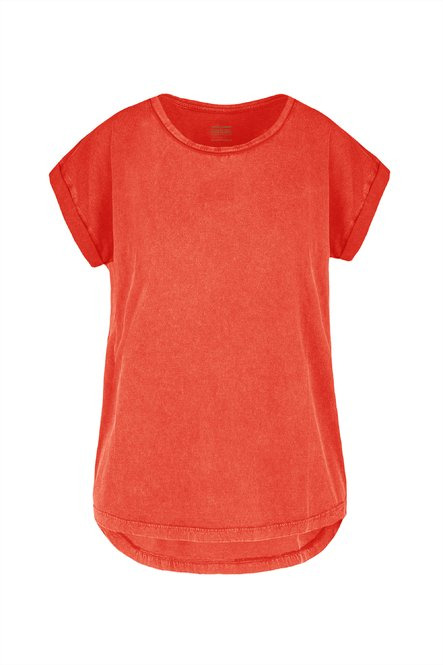 T-shirt in cotton jersey garment dyed