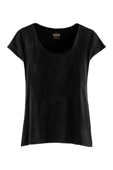 T-shirt wide collar