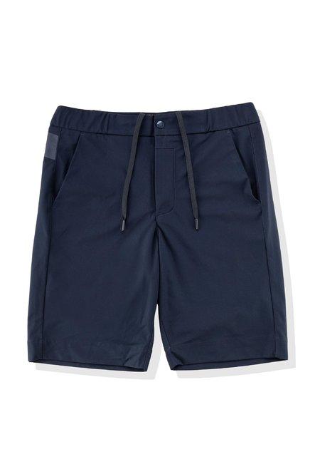 Shorts with chino pockets