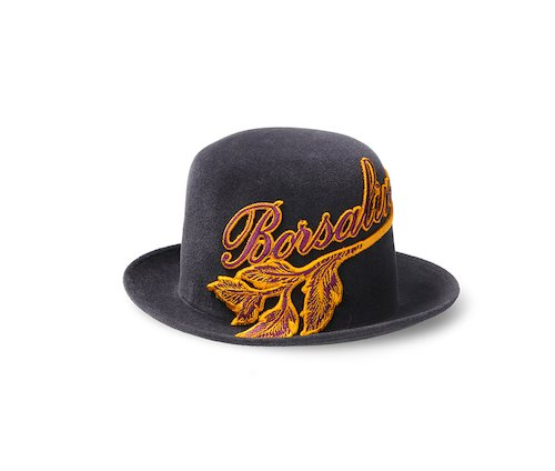 Art Nouveau medium brim
