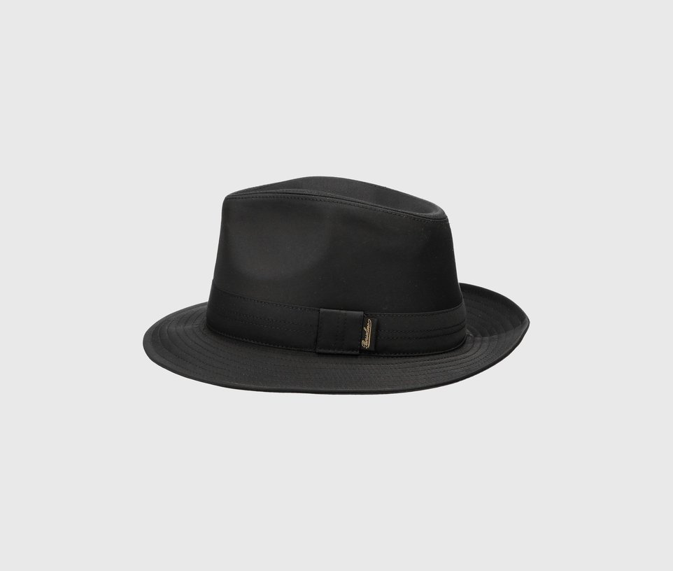 Medium-brimmed Rainproof