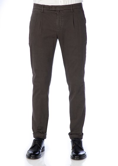 Gabardine slim fit trousers with pleated and cuffs - Brown