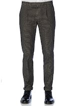 Pied de poule slim fit trousers pleated and cuffs