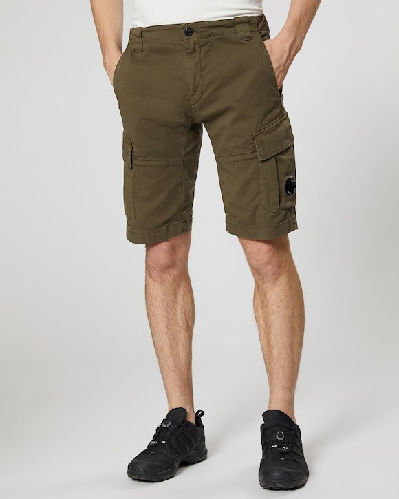 Garment Dyed Stretch Gabardine Cargo Lens Shorts in Beech