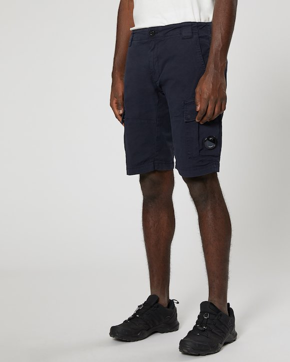 Garment Dyed Stretch Gabardine Cargo Lens Shorts in Total Eclipse