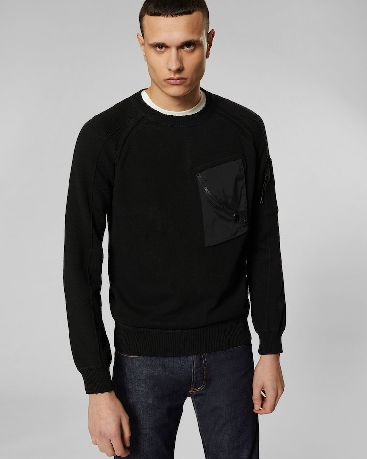 Cotton Mixed Chest Pocket Lens Crew Sweater in Black