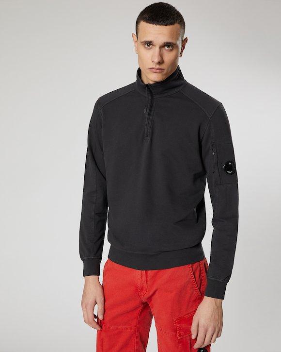 Garment Dyed Light Fleece Lens Zip Neck Sweatshirt in Black
