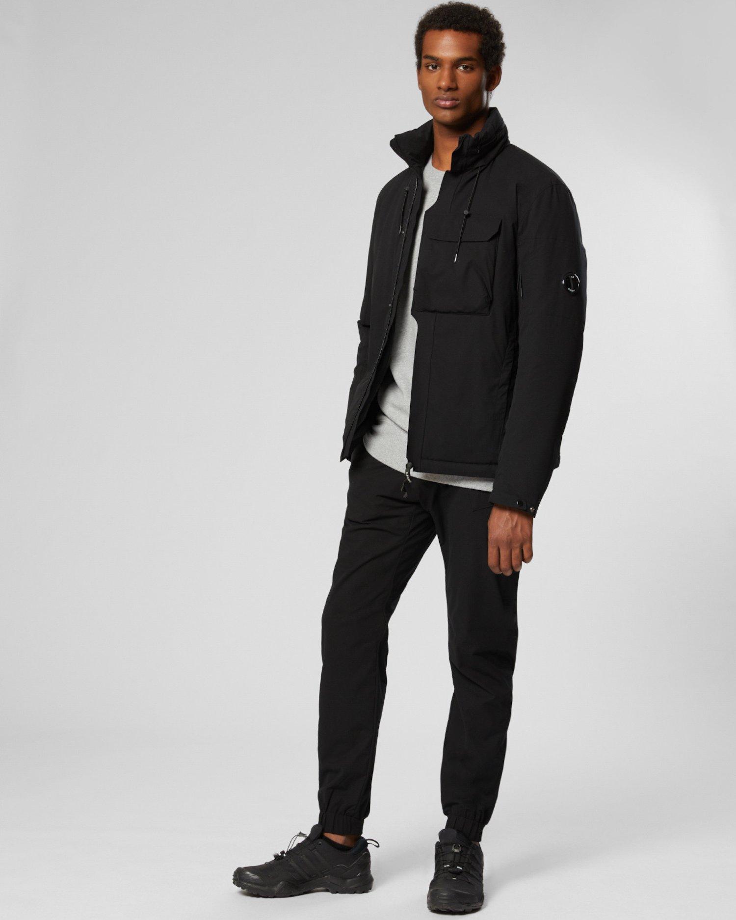 Medium-Jacke aus Pro-Tek mit Linsen-Detail