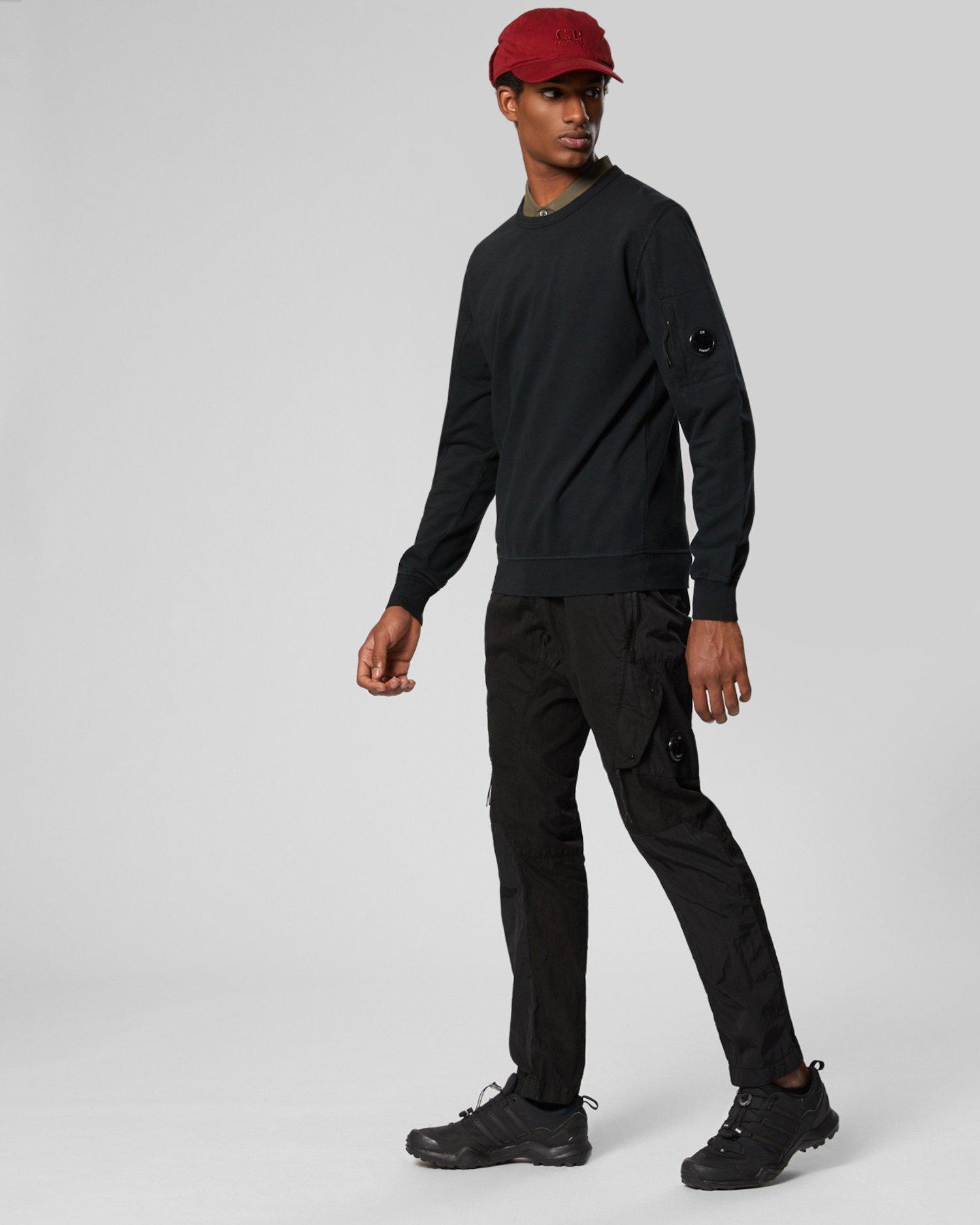 Sweat-shirt à col ras du cou en molleton léger teint en pièce à verre de lunettes