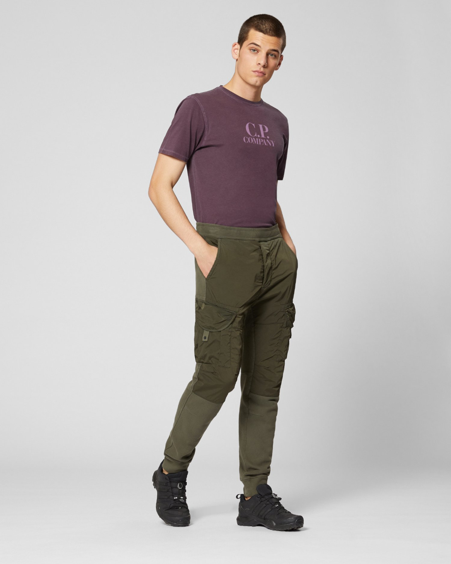 Pantalones de deporte de mezcla de tejido polar cepillado teñido en prenda con lente