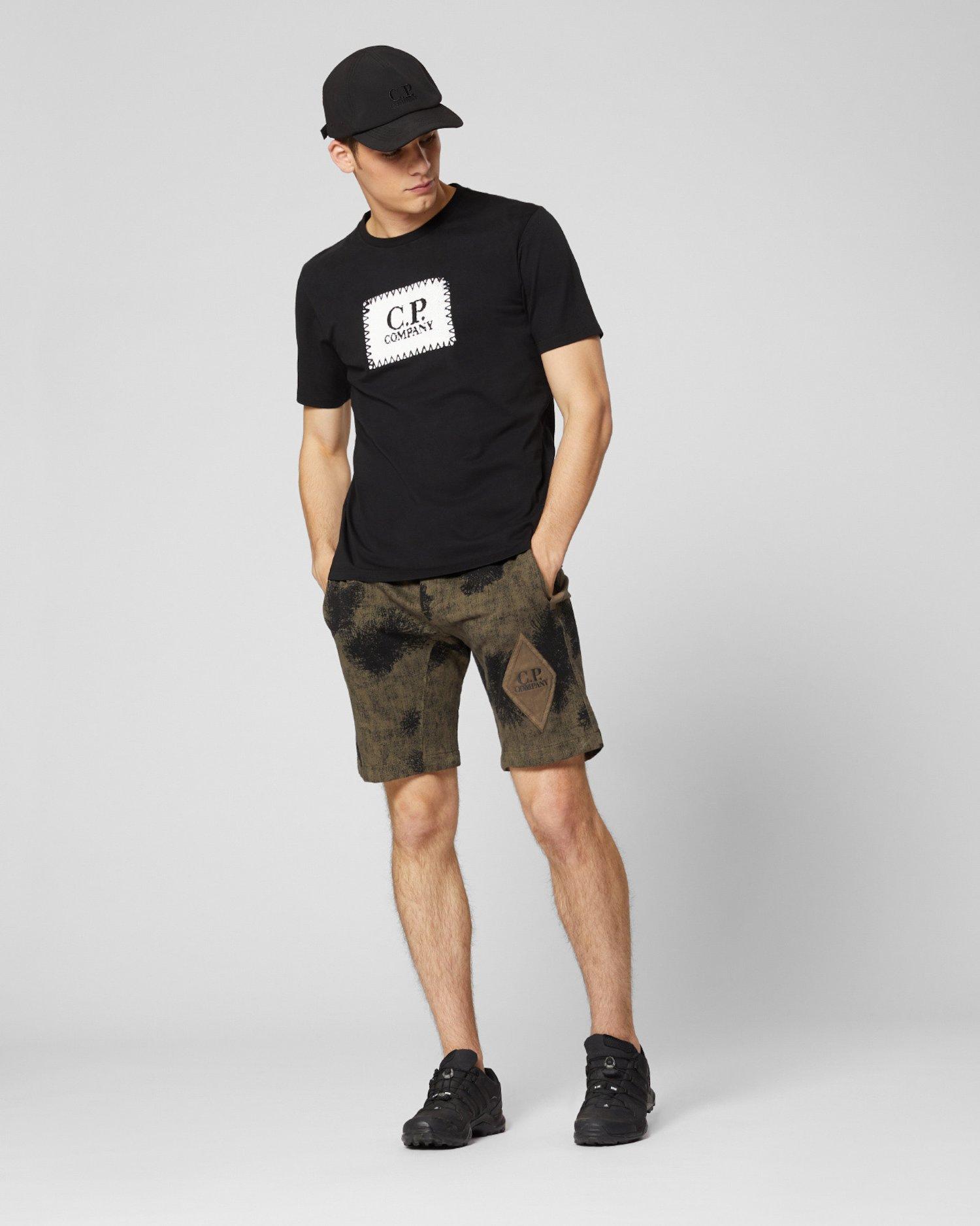 T-Shirt aus 30/1-Jersey mit Label-Print