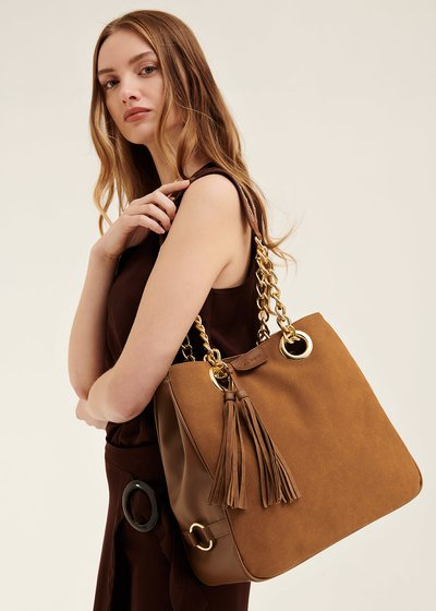 Badin shopping bag with macro tassels